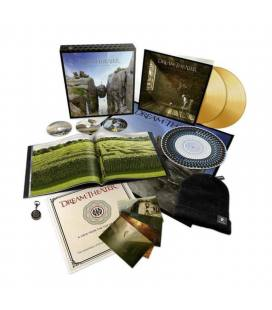 A View From The Top Of The World (Box 2 LP+2 CD+1 BLURAY Deluxe)